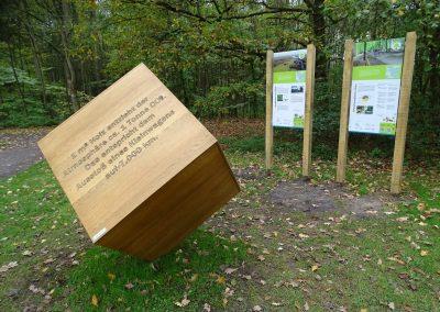 1m³ drehbarer Holzwürfel